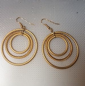 Triple golden rings earrings